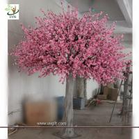Wholesale UVG decorative pink peach blossom faux tree in fiberglass trunk for garden decoration from china suppliers