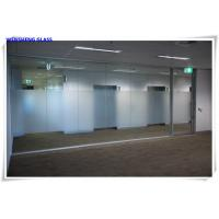 Wholesale Tempered opaque translucent frosted tempered satin sandblasted etched glass from china suppliers