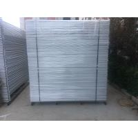 Wholesale temporary fencing panels packing in metal pallet HDPE uv770 powder temp fence foot from china suppliers