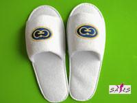 Wholesale Open Toe Embroidery 100 % Microfiber Mens 41 / 42 Disposable Hotel Slippers from china suppliers