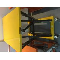 Wholesale Durable Mechanical Lift Table / Mechanical Scissor Lift Table 950X600 Table from china suppliers