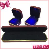 Wholesale Top Rated High Quality Expensive Red Leather Velvet LED Lighting Jewellery Jewellry jewelry box from china suppliers