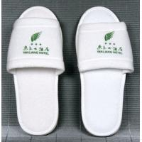 Wholesale Embroidered or Printing Logo Disposable Hotel Slipper with EVA, Dot shoe sole from china suppliers
