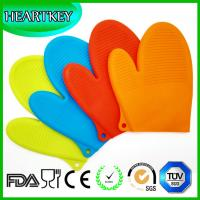 Wholesale BBQ Gloves Silicone Oven Mitts red cotton + non-slip silicone oven glove from china suppliers