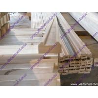 Wholesale Solid wood stair parts solid wood stair rails from china suppliers