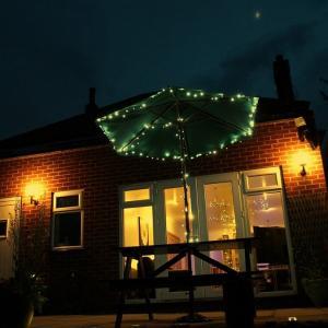 China 21m 200LED Warm white outdoor Solar powered LED tree string Light on sale