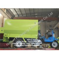 Wholesale Small Scale Dairy Farm TMR Mixer Vertical Silage Tricycle Spreader from china suppliers