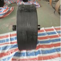 Quality Gentle Contact Surface Marine Roller Wheel Fender For Narrow Waterway for sale
