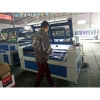 Quality Honeycomb Table CNC Laser Cutting Engraving Machine With Working Area 1600 * 1000mm for sale