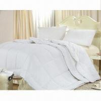 Wholesale Four Season Quilt/Duvet/Microfiber Polyester Quilt, Available in White, Nice Moisture Absorbency from china suppliers