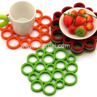 Buy cheap Heat Resistant Circular Bubble Shape Heat Proof Mat Kitchen Table Silicone Mat/Pad from wholesalers