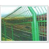 wire mesh fence one 33.JPG