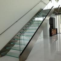 Wholesale Double stringer staircase design with laminated glass steps from china suppliers