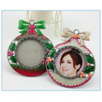 Wholesale Shinny Gifts Enamel metal circle photo frame from china suppliers