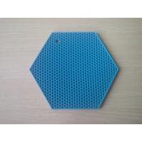 Wholesale Six Edge Durable Honeycomb Silicone Heat Resistant Mats , Non-toxic Silicone Table Mat from china suppliers