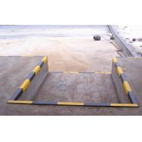 Wholesale 380V Three Phrase Industrial Dock Levelers , Stationary Dock Ramp from china suppliers