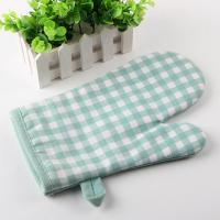Wholesale Checker Pattern Kitchen Oven Mitts , 18X28cm Heat Resistant Kitchen Gloves from china suppliers