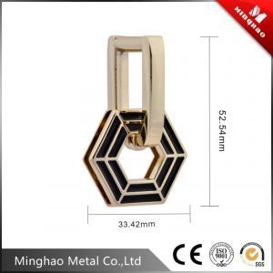 Quality 33.42*52.54mm Light gold metal buckle for handbag,customized bag buckle for sale