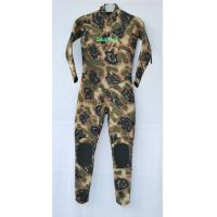 Quality Camo neoprene suit for swimming , neoprene shorty wetsuit with Knee Pad for sale