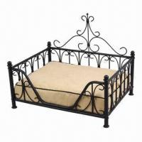 Quality Pet bed, made of wrought iron tube and solid line with suitable fabric cushion for sale