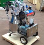 Double Buckets Mobile Milk Pump Machine / Portable Milking Machine 25L * 2