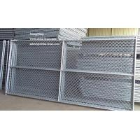 Wholesale US Market metal fencing chain link fence panels iron fence with with cross bar from china suppliers
