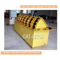 Wholesale Red Led traffic light automaticaly hydraulic road stopper with rising vehicle blocker from china suppliers
