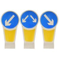 Wholesale Illuminated Traffic Bollards Solar Powered LED Warning Signs Safety Dividers from china suppliers