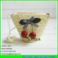 Wholesale LDMC-017 strawberry clutch bag,natural wheat straw handbag, zipper beach bag from china suppliers