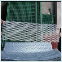 Wholesale galvanized expanded wire mesh fencing/hexagonal hole expanded mesh from china suppliers