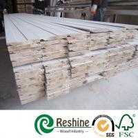 Quality Decorative wood building skirting baseboard architrave primed mouldings for sale