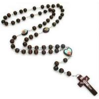 Wholesale Unique religious rosary crucifix wooden Carved chain murano glass necklace pendants for Decoration from china suppliers