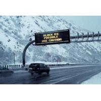 Quality Traffic Digital Highway Signs , Full Color Scrolling LED Display IP65 Enviromment Protection for sale