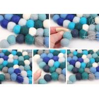 Wholesale high quality factory price  fashion 100% pure Nepal handmade felt ball rug from china suppliers