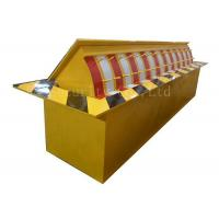 Wholesale Automatic Heavy Duty Hydraulic Rising Kerb Vehicle Road Blocker Red / Yellow / Green from china suppliers