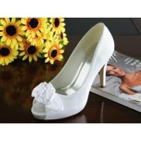 Wholesale China Wedding Shoes / White Ivory Ladies Wedding Shoes with Varnished Heel for wedding from china suppliers