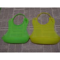Wholesale Customized LOGO Printed Buy Silicone Baby Bibs Of Green from china suppliers