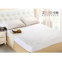 Wholesale Boxing Pattern Hotel Mattress Protector Breathable Microfiber Filling 200GSM from china suppliers