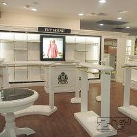 Wholesale clothing display table/movable clothing display rack from china suppliers