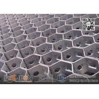 "Wholesale 1"" depth,14 gauge Thickness 310S Hexmesh With Bonding Hole 