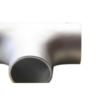China Tee Pipe Fittings Butt Welding Equal Tee Of Stainless Steel Pipe Fittings on sale