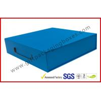 Quality Sky Blue Print Rigid Board Packaging Boxes , Chocolate damask inner with Plastic handle for sale