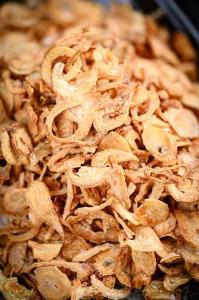 Wholesale Dry Palm Oil Peeling Crispy Fried Shallot for hotel from china suppliers