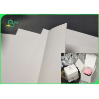 China 200gsm 270gsm Food Grade White Kraft Paper For Medicine Boxes High Stiffness on sale