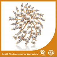 Wholesale Korean Handmade Metal Brooches Crystal Rhinestone Flower Brooches from china suppliers