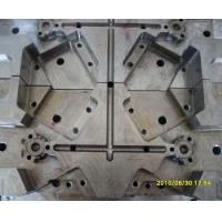 Wholesale 2 Plates Multi Cavity Mold , Douille Tooling 12 Lifters Die-Casting Mould from china suppliers