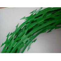 Wholesale Custom Green Color Stainless Steel Barbed Wire , Razor Blade Barbed Wire from china suppliers