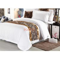 Wholesale Beautiful Decorative Cloth 100% Polyester Jacquard Hotel Bed Runner from china suppliers