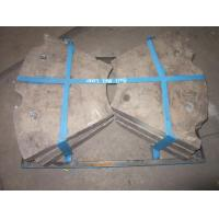 China Ni-Cr1-550 HRC53 Hardness Ni Hard Castings End Liners Used For Grinding Feldspar on sale