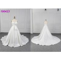 China Beautiful Bridal Wear Satin Material Strapless Wedding Ball Gown For Women on sale
